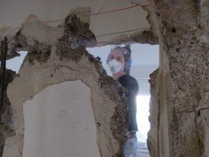 Wände einstürzen